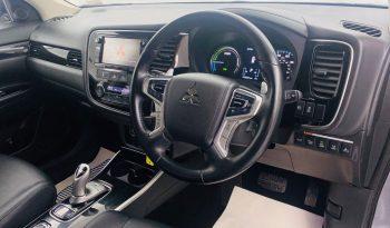 Mitsubishi Outlander 2.0i Plugin-Hybrid GX4H 4×4 2017 full